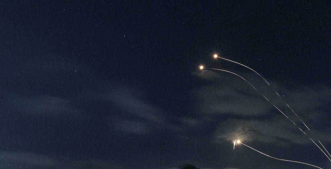 Израелската армия обстреля Ливан в отговор на ракетната атака