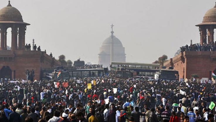 Индия обмисля мерки за растежа на населението