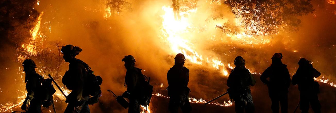 Пожарите в Западна Америка не стихват
