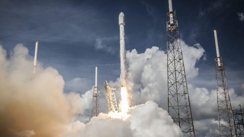 Изстрелват запаси към Международната космическа станция