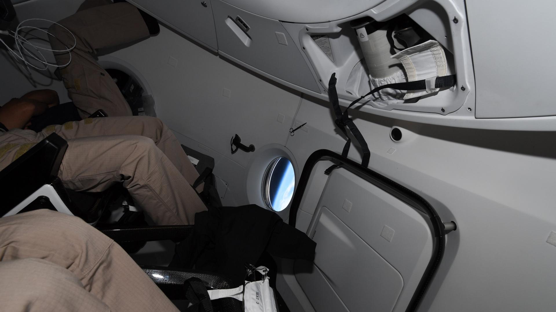 Туристите от SpaceX Inspiration4 имаха проблеми с тоалетната в космоса