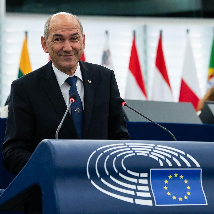 Премиерът на Словения обвини Брюксел в превишаване на правомощията